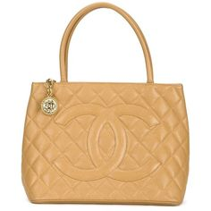 Chanel Vintage 'Medallion' tote ($3,305) ❤ liked on Polyvore featuring bags, handbags, tote bags, beige purse, beige tote bag, vintage purse, quilted purse and tote handbags