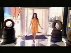 """Bjork """"It's oh so quiet"""" videoclip, released in 1995 and directed by Spike Jonze Songs To Sing, Music Songs, Music Videos, Good Music, My Music, Music Class, Je Chante, Spike Jonze, Artists"""