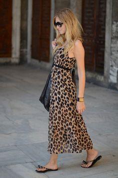 Длинное леопардовое платье по щиколотку