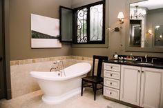 casa de banho tradicional POR Dois Ellie