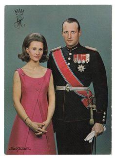 księżna i książę koronny Norwegii Sonja i Harald - 1968/1969r.