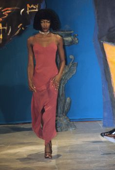 John Galliano Fall 1997 Ready-to-Wear Fashion Show - Naomi Campbell (Marilyn)