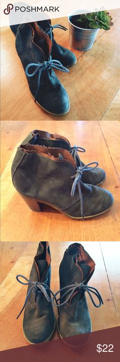 Ruff Hewn Suede Heeled Ankle Booties Ruff Hewn suede heeled ankle booties size 6 1/2! Very well made shoes. Suede is a blueish/dark gray color. Only worn a couple of times. In great condition! Feel free to ask me any questions 😊 Ruff Hewn Shoes Ankle Boots & Booties