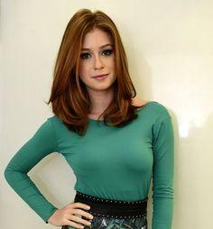 Tendência entre blogueiras, atrizes e celebridades, o corte long bob com certeza é o corte de cabelo da vez. Combina com todos os tipos...