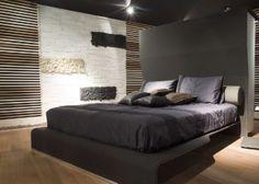 """Декор стен в спальне. Черный и белый стабилизированный мох - панно. Мы сделаем интерьер """"живым""""! www.greentree38.ru"""