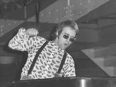 Elton John, 1971