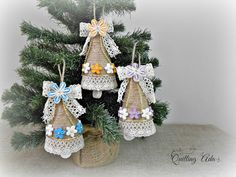 Quilling - Christmas Bells