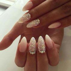 Top 20 almond glitters nail design ideas & color