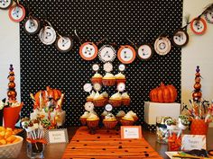 Stefanie from Anna and Blue Paperie sent in this festive Halloween dessert table…