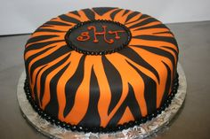 This person did an excellent job with their tiger stripes!