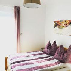 Ferienhaus Villach (@ferienhaus.villach) • Instagram-Fotos und -Videos Videos, Photo And Video, Instagram, Bed, Furniture, Home Decor, Pictures, Villach, Cottage House
