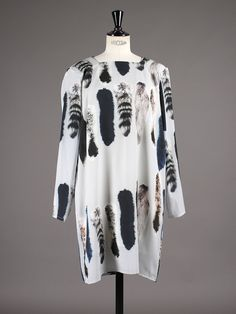 Carin Wester Tiolina Wolf Print - Aplace Fashion Store & Magazine | Established 2007 | Sweden