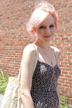 this lady is just too cute all over, but esp. the light pink hair