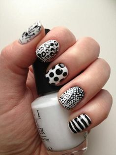 black and white nail art. so stylish!
