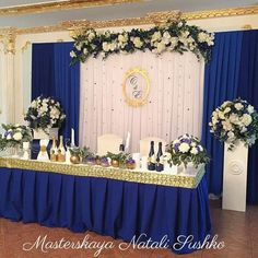 Pin by Robin Wyckoff Lunde on Wedding in 2019 Blue Wedding Decorations, Quinceanera Decorations, Ceremony Decorations, Birthday Decorations, Wedding Colors, Wedding Flowers, Head Table Wedding, Wedding Stage, Gold Wedding