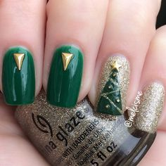Christmas Tree nails by Instagram user melcisme #christmas #nails #holiday #chinaglaze