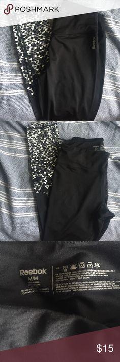 Reebok leggings Cute pattern work out or casual wear leggings (never worn) black gray white Reebok Pants Leggings
