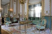 Le Cabinet Doré (Gilded Study) of Marie Antoinette at Versailles. Damsel In This Dress, Palace Of Versailles, French History, Bedroom Windows, Air France, Marie Antoinette, The Incredibles, Mansions, Interior