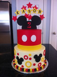 birthday parties mickey ideas mouse baby cake boy 60 60 Ideas Baby Boy Cake Ideas Birthday Parties Mickey MouseYou can find Mickey mouse cake and more on our website Mickey Mouse Party Decorations, Theme Mickey, Mickey 1st Birthdays, Baby Boy 1st Birthday Party, Mickey Mouse Clubhouse Birthday Party, Mickey Mouse Parties, Mickey Party, Birthday Ideas, Bolo Do Mickey Mouse