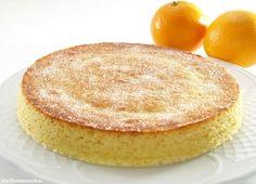 How to Make an Orange Queque - Latin American Cake Thermomix Desserts, Köstliche Desserts, Delicious Desserts, Microwave Mug Recipes, Microwave Cake, Food Cakes, 123 Cake, Original Recipe, High Tea