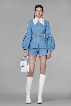 Denim Fashion, Look Fashion, High Fashion, Fashion Show, Fashion Design, Vogue Fashion, Fashion Spring, Couture Fashion, Runway Fashion