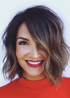 See here more amazing and beautiful trends of blunt chin length bob hairstyles to wear nowadays. Here you may find various kinds of bob cuts to wear nowadays.