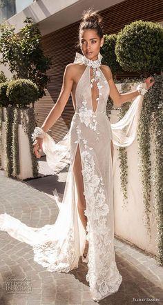ad385883396b2 elihav sasson 2019 nuptiale sans manche nuque trou de corsage embellishme.  Jolie Robe De Princesse ...