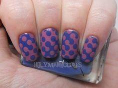 Interlocking Dot Nail Art with #AmericanApparel Nail Polish in Mount royal and Dynasty.  #nail #nailart #nailpolish