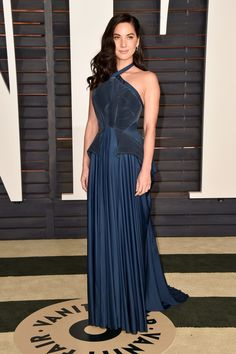 olivia munn in zac posen at the #oscars vanity fair afterparty