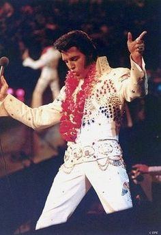 rare elvis photos   Elvis Presley rare pictures - 120 Pics   Curious, Funny Photos ...