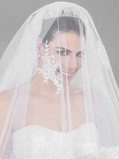 Acessórios que fazem sua cabeça de toda noiva. Acessórios para noiva Center Noivas & Debutantes