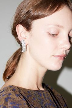 Mirit Weinstock Party Ornament Earring in Silver