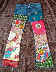 Boho Buddha Jeans by mydeepbluec Gypsy Style, Hippie Style, Hippie Boho, Boho Style, Ethnic Jewelry, Bohemian Jewelry, Diy Clothing, Sewing Clothes, Cowgirl Clothing