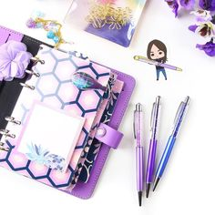 Darling Antoinette went to Alaska! See what I did there? With the names of the pens? I used the names of the pens in a sente... Oh you got it! Nevermind then just look at all this purpleness! . Shop link in bio. . #nouglypens #ihavethisthingwithpurple # #filofaxlove #pengems #purple