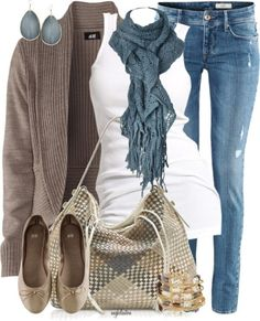 """love. previous pinner wrote """"Comfy autumn outfit"""" this is more of a FL winter outfit but I might get hot in the scarf and maybe the sweater. Sunshine state problems/advantagesss?"""