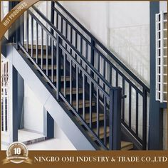 Wrought Iron Morden Garden Stair Railing Designs/iron Grill Design For Veranda -. Modern Staircase Railing, Interior Stair Railing, Modern Stairs, Staircase Design, Outdoor Railings, Steel Railing Design, Steel Stair Railing, Wrought Iron Stair Railing, Metal Stairs