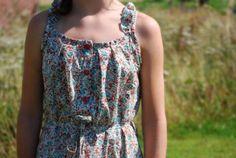 De zomerkleedjes van het meisje. « Tantehilde.be