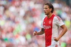Afgelopen donderdag trainde de selectie van Ajax met een nagenoeg fitte selectie. Ook Mitchell Dijks stond op het trainingsveld. Hij trainde weer voluit mee met de groep. Hij blijft nog wel een twijfelgeval voor de uitwedstrijd tegen FC Twente.