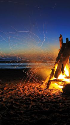 Beach Bonfire #iPhone #5s #Wallpaper