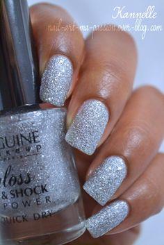 Biguine: Precious silver nail polish
