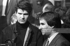 At the Milk Music Awards in the National Concert Hall Lloyd Cole (of Lloyd Cole and The Commotions) and Chris de Burgh. . 386-243 (Part of the Independent Newspapers Ireland/NLI Collection).