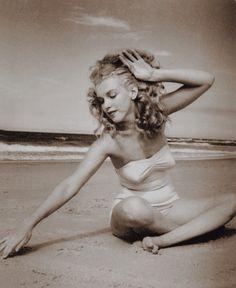 Marilyn Monroe - Norma Jean Baker
