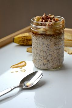 For perfect overnite oats: Twice as much liquid as oats ¼ cup liquid per 1 tbsp of chia seed 1 tbsp chia seed per serving
