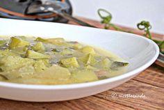 Zuppa di zucchine genovesi e mais #ricetta di @luisellablog Cheeseburger Chowder, Soup, Soups, Soup Appetizers