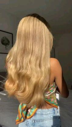 Curly Hair Tips, Curly Hair Styles, Hair Flip, Aesthetic Hair, Love Hair, Hair Today, Hair Videos, Hair Looks, Easy Hairstyles