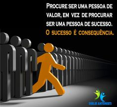 Procure ser uma pessoa de valor, em vez de procurar ser uma pessoa de sucesso. O sucesso é consequência.  #dirleiantonieti #qualidadedevida #condicionamentofisico #hidroginastica #terceiraidade