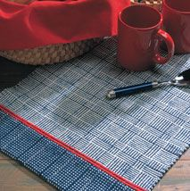 Two on Two -Two-block log cabin runner by Jane Patrick - one of 4 Free Table Runner Patterns