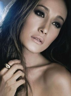 Maggie Q //eye make up