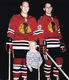The history of hockey told through hockey jerseys Blackhawks Hockey, Chicago Blackhawks, Chicago Bears, Ice Hockey Players, Nhl Players, History Of Hockey, Bobby Hull, Hockey Pictures, Hockey Room