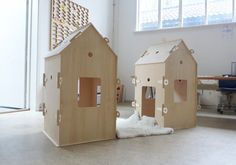 plywood play houses that dismantle to put away flat.